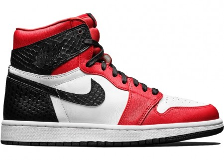 Air Jordan 1 Retro High Satin Snake Chicago